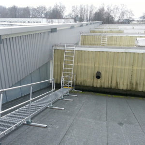 Board-Walk for save access across fragile industrial roofs